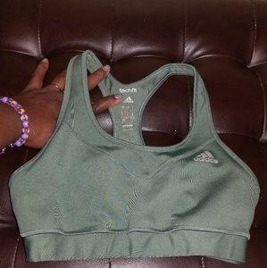 🤾♀️ Green Adidas Sports Bra🤾♀️